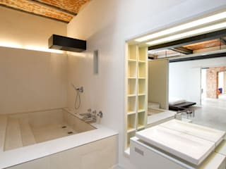 Industrial style bathroom by designyougo - architects and designers Industrial