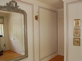 Wandmalerei & Oberflächenveredelungen 更衣室