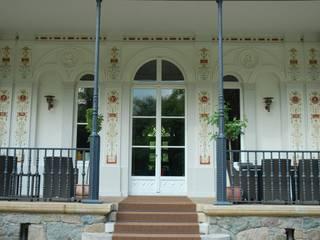 Terrasse Klassischer Balkon, Veranda & Terrasse von Wandmalerei & Oberflächenveredelungen Klassisch
