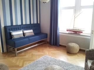Gestaltung der Büros und Aufenthaltsräume der Mooon GmbH: klassische Arbeitszimmer von FEINARBEIT wohnberatung