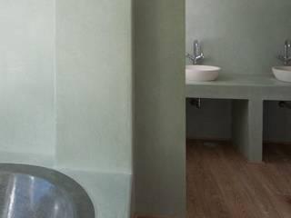 Fugenlose mineralische Böden und Wände Ванна кімната