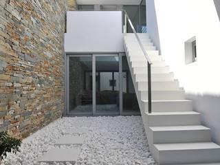 par Fugenlose mineralische Böden und Wände Méditerranéen