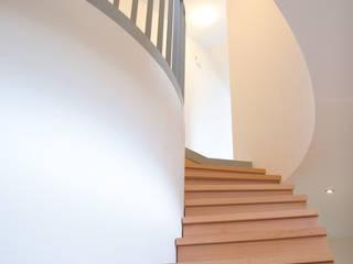 Architekturbüro Riek Eklektik Koridor, Hol & Merdivenler
