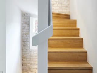 Whitton Road Modern corridor, hallway & stairs by Phillips Tracey Architects Modern