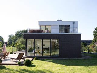 Einfamilienhaus Futura von Hellmers P2 | Architektur & Projekte Modern