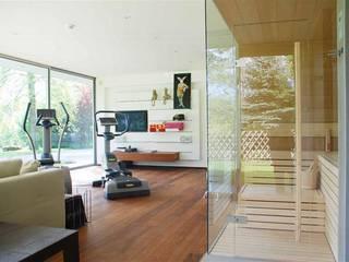 Gimnasios en casa de estilo moderno de Peter Rohde Innenarchitektur Moderno
