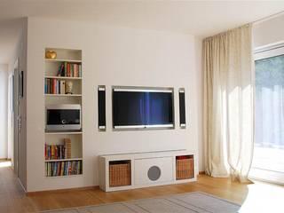 Salas modernas de Peter Rohde Innenarchitektur Moderno