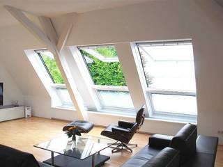 Salas de estilo moderno de Peter Rohde Innenarchitektur Moderno