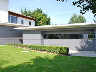 Garajes y galpones de estilo moderno de Peter Rohde Innenarchitektur Moderno