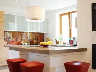 Cocinas de estilo moderno de Peter Rohde Innenarchitektur Moderno