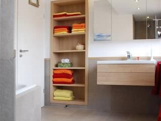 Baños de estilo moderno de Peter Rohde Innenarchitektur Moderno