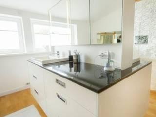Bad Moderne Badezimmer von tRÄUME - Ideen Raum geben Modern