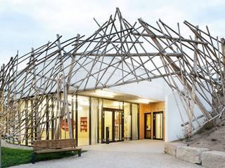 Maisons de style  par [lu:p] Architektur GmbH,