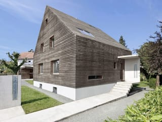 Case moderne di [lu:p] Architektur GmbH Moderno