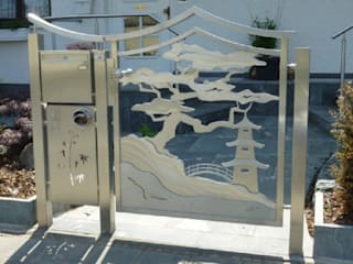 "Stainless Steel Gates ""Japanese Gate"" Asian style gardens by Edelstahl Atelier Crouse: Asian"