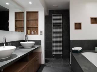 Baños de estilo  por Thomas & Co Interior Design GmbH,