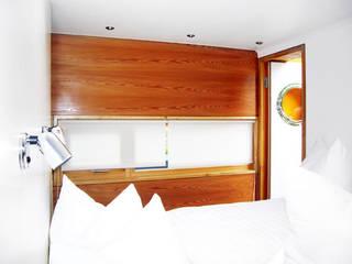 Dormitorios de estilo  de ZappeArchitekten