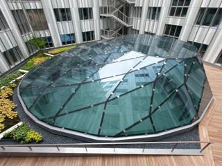 La verrière Espaces de bureaux modernes par BOUCHAUD ARCHITECTES Moderne