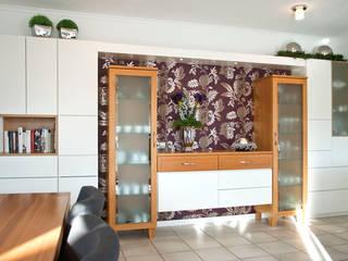 Livings de estilo  por Strotmann Innenausbau GmbH