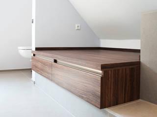 de estilo  por Strotmann Innenausbau GmbH
