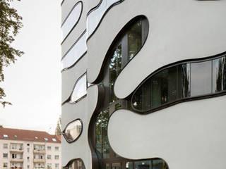 Edificios de Oficinas de estilo  por J.MAYER.H,