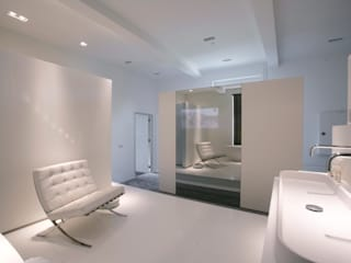 Modern hotels by Marike Modern