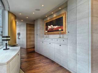 Modern Corridor, Hallway and Staircase by baustudio kastl Modern