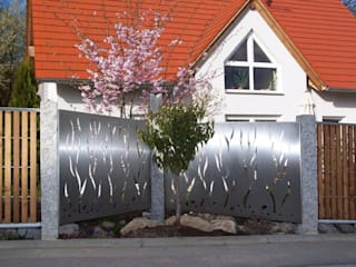 Stainless Steel Fence Edelstahl Atelier Crouse: JardinAccessoires & décorations