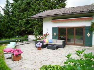 Varanda, marquise e terraço  por Home Staging Tegernsee