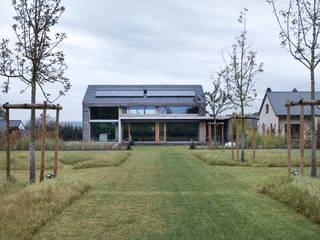 Case moderne di LEICHT Küchen AG Moderno
