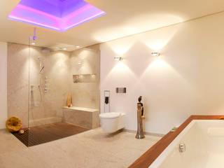 Lifestyle durch Natur nach Maß:  Badezimmer von Design by Torsten Müller,Modern