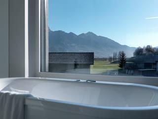 Phòng tắm by LEICHT Küchen AG