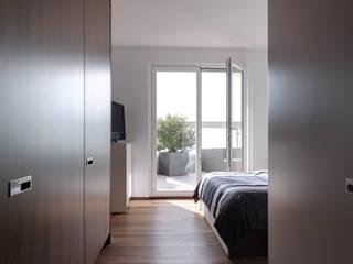 LEICHT Küchen AG Dormitorios de estilo moderno