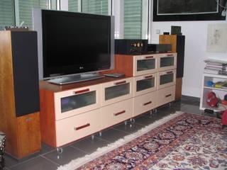 Salas de estilo  por Schreinerei Deml GmbH
