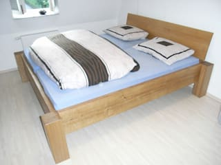 Dormitorios de estilo  de Schreinerei Deml GmbH