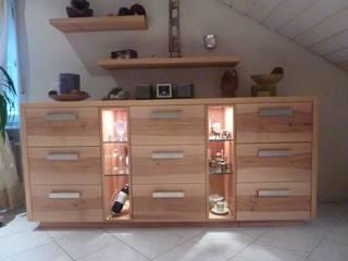 Schreinerei Deml GmbH Living roomShelves