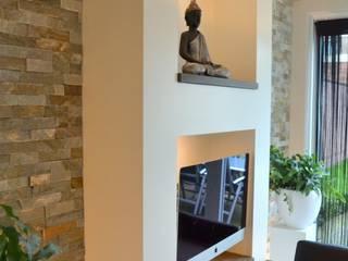 Eetkamer door RON Stappenbelt, Interiordesign