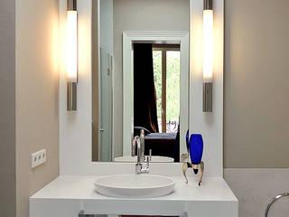 Andras Koos Architectural Interior Design Salle de bain moderne