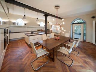 Cocinas de estilo  de Einwandfrei - innovative Malerarbeiten oHG,