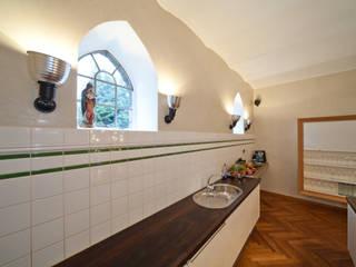 Kitchen by Einwandfrei - innovative Malerarbeiten oHG,