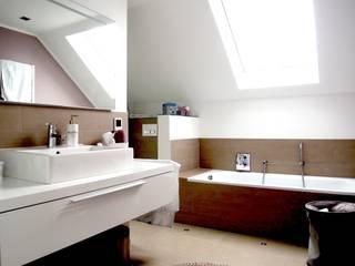 Baños modernos de Einrichtungsideen Moderno