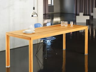 Büroeinrichtung, Gestaltung Lunch-Tafel:  Bürogebäude von BANDYOPADHYAY interior