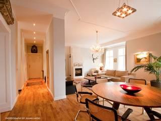 Wohnzimmer, livingroom:  Wohnzimmer von EINRAUMKONZEPT