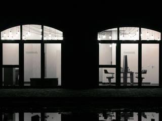 Oficinas y Tiendas de estilo  de Hackenbroich Architekten