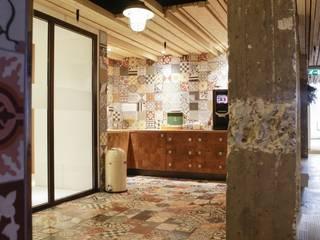 Bars & clubs by Kolory Maroka, Mediterranean