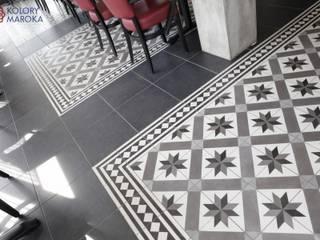 Aranżacje płytek cementowych w salach i na tarasach: styl , w kategorii Gastronomia zaprojektowany przez Kolory Maroka