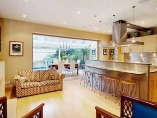Family Home Notting Hill Klassische Küchen von Tatjana von Braun Interiors Klassisch