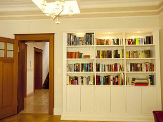 Livings de estilo  por Tatjana von Braun Interiors