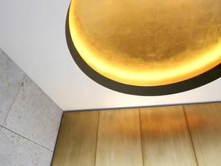 Penthaus Wohnung: modern  von Wandkult,Modern