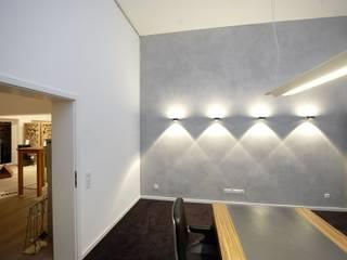 Ausstellungsräume Feuerkultur Quetlich Moderne Arbeitszimmer von Wandkult Modern